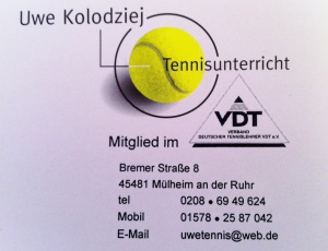 Logokopf mit Kontaktdaten